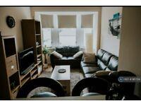 1 bedroom flat in Stevenson Street, Glasgow, G40 (1 bed) (#987724)