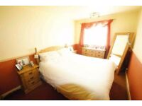ONE STYLISH DOUBLE ROOM TO RENT IN HAİNAULT PM ALL BILL INCLUDED