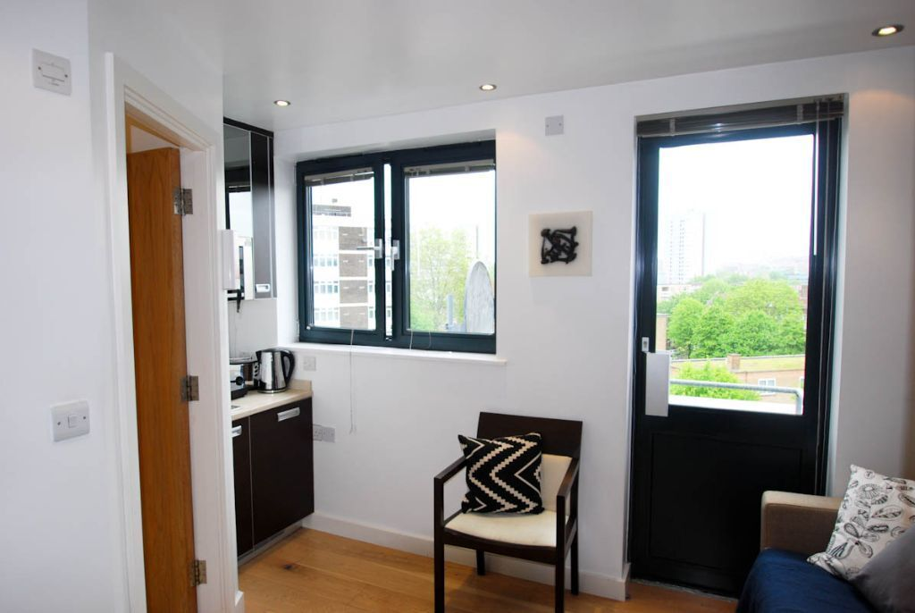 Cosy studio apartment with great transport links