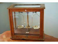 Antique Becker Hatton Wall London Brass Scentific Chemist Scales with Glass Case