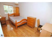 👉🏻 Looking for a BIG BEDROOM + SAFE AREA in GOOD STANDARD ⁉