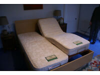Willowbrook electrically adjustable kingsize bed with one massage mattress