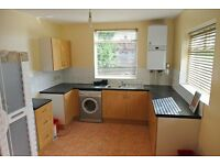 Dunsmure Road, 2 bed flat, split level on a popular street