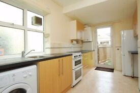 Beautiful 3/4 Bedroom House to rent with Garage&Garden in Greenford/Northolt/Sudbury Hill