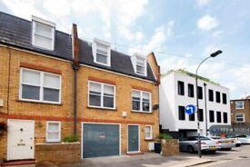 3 bedroom house in Burlington Road, London, SW6 (3 bed) (#1103854)
