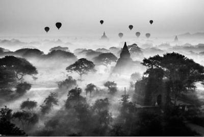 Photo Print Balloons (Balloons of Bagan Photo Art Print Poster 36x24)