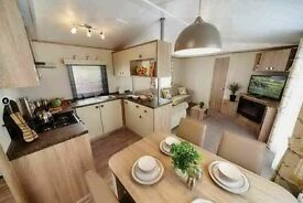 Luxury static caravan in Devon with decking and panoramic seaviews! Direct beach access!