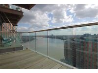 Canary Wharf 2 bedroom property with direct riverviews to rent - available in 1 month