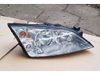 Ford Mondeo Mk3 01-07 headlights driver / passenger side,pair,complete bulbs - £30