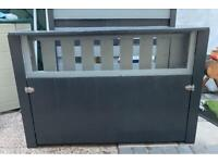 Fence or wall bar available for immediate collection