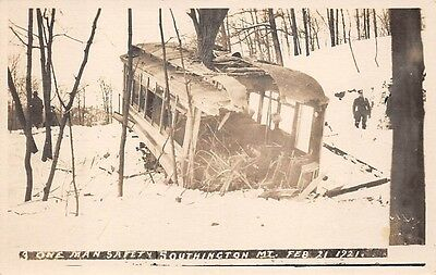 SOUTHINGTON, CT, TROLLEY ACCIDENT AFTER 1921 SNOW STORM, REAL PHOTO PC
