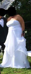 Belle robe de mariée Gr.14-18