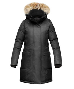 SELLING BRAND NEW WITH TAGS: NOBIS MEREDITH PARKA XS CH. BLACK