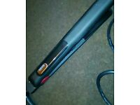 Nicky Clarke hair straightener