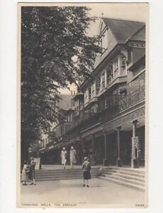 Tunbridge Wells The Pantiles Vintage Postcard 109a