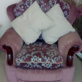 3 seater sofa, 2 armchairs (1 recliner)