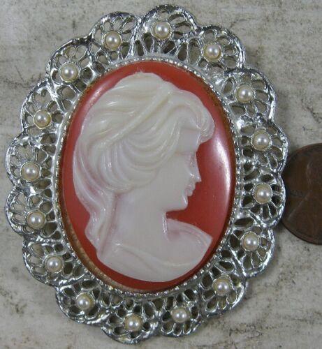Vintage Large Silvertone Cameo Pin