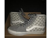Grey checked vans size 7