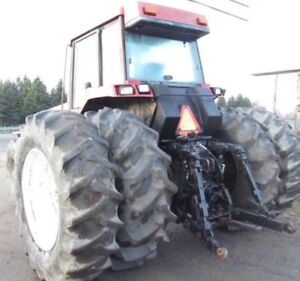 Case tractor /tracteur agricole