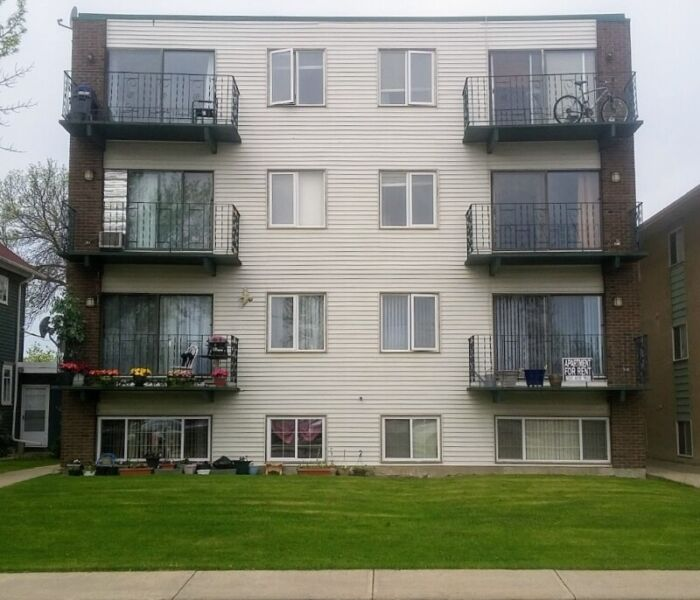 2 Bedroom Apartment Near Me Rent: Spacious 2 Bedroom Apartment Near Downtown Camrose
