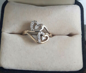 Diamond Promise Ring: Great Condition