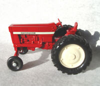 Farm Toy Ertl International Tractor