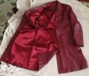 Bought in EUROPELEATHER RED or BLACK Canada sizes SMALL-MEDIUM
