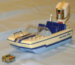 Vintage Original 1968 IDEAL Boat-a-rific BLUE DEVIL with motor
