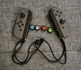 Nintendo switch Pair of joycons (Grey)
