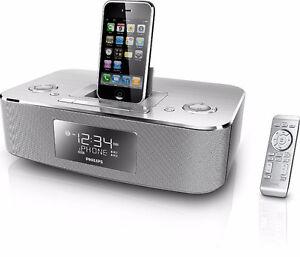 BRAND NEW - DUAL ALARM CLOCK RADIO iPHONE/iPOD DOCK WITH REMOTE