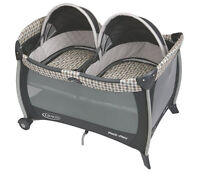 Parc double-Graco Pack 'N Play with Twins Bassinet