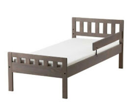 Single toddler bed