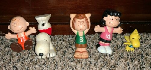 Vintage Peanuts Stackables Gymnasts Acrobatic PVC Figures Charlie Brown Snoopy