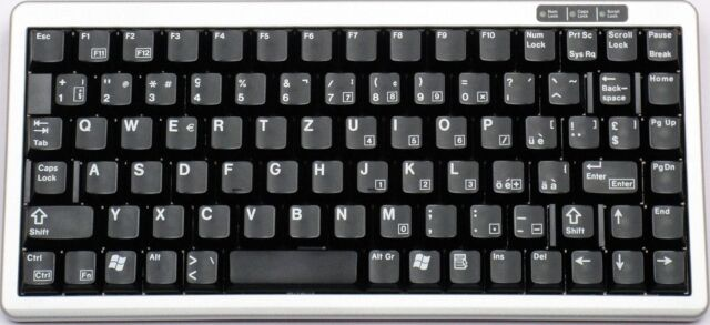 Cherry G84-4100 Slim Line Gold Cross schwarze Tasten Tastatur Compact Keyboard