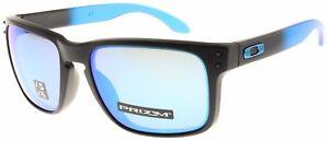 Oakley Holbrook Sunglasses OO9102-D255 Sapphire Fade   Prizm Sapphire Polarized