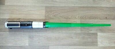 Star Wars Yoda Electronic Light & Sounds Lightsaber Hasbro 2002 Green Saber