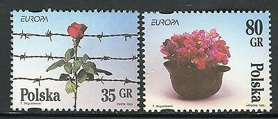 POLAND 1995 EUROPA-WWII/PEACE/FREEDOM/FLOWERS/HELMET/ROSE/BARBED WIRE/LIBERATION