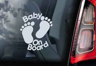 Baby an Bord, Autofenster Aufkleber Fußabdrücke Cartoon Schild Personalisiere