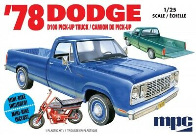 MPC 1/25 1978 Dodge D100 Custom Pickup MPC901M