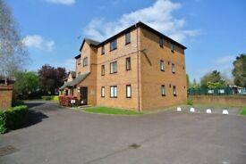 Cosy one bedroom flat to rent in Alperton in purpose built block