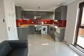 Newly refurbished 4 bedroom apartment in fantastic location of Holloway/Caledonian Road