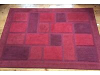 Large red rug 170x230cm very good condition