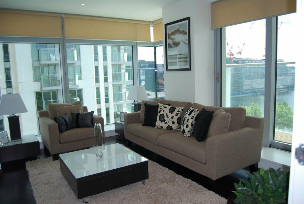 # Stunning 2 bed 2 bath available now in Pan Peninsula Square - Canary Wharf!!