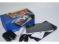 Nokia Lumia 820 (unlocked)