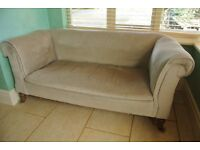 Sofa: 2 seats with reclining arm