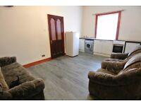 Split level 3 bedroom/2 bathroom flat in Willesden. Rent includes council tax.
