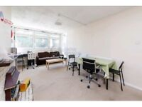 GOOD SIZE 4BED HOUSE ** 1BATH ** FURNISHED ** STEPNEY GREEN ** PERFECT FOR STUDENTS **