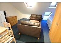 Large loft studio to rent in Cricklewood. Rent includes council tax + water bills.