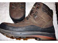 Meindl Vakuum GTX MFS Walking Boots. Size 10.5.