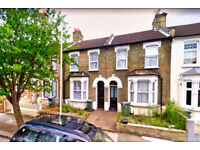 Gorgeous and homey 4 bed mid-terraced Victorian house in Plaistow, E13